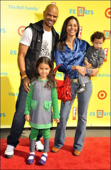 Salli Richardson and Dondre Whitfield with the family