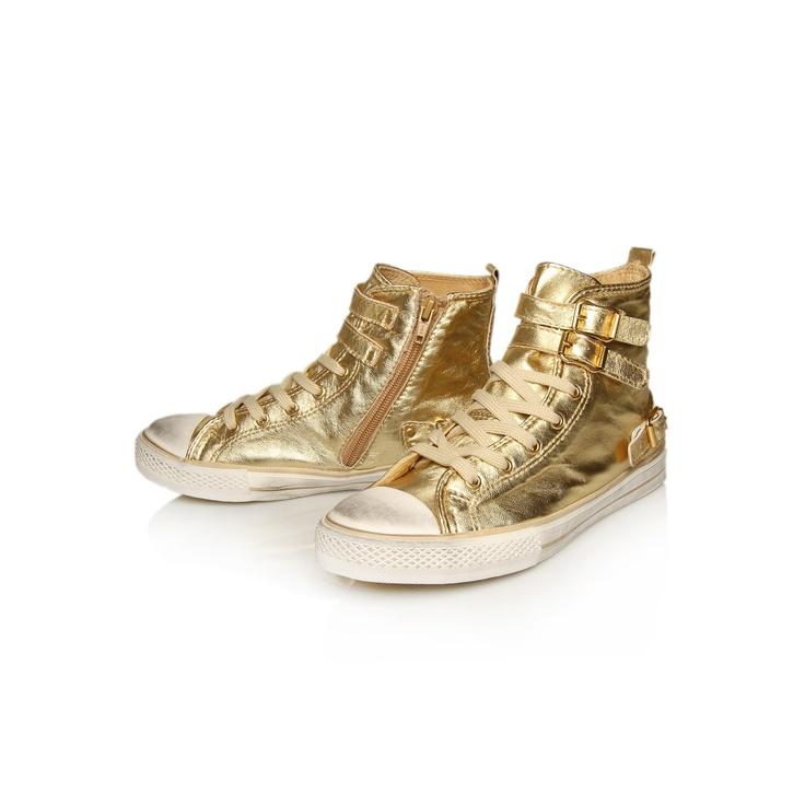 laura, gold shoe by kurt geiger via @Holly Becker