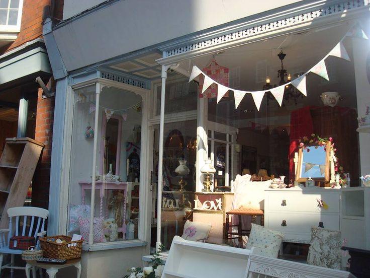Vintage Rose - St Edwards Street