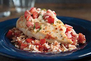 Casserole de poulet à la bruschetta - Ce savoureux plat de poulet fera l'unanimité à table !