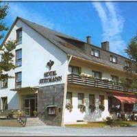 Aktiv Hotel Winterberg (voormalig Hotel Steymann)  Comfortabel 3-sterrenhotel onder familiaire leiding. Ideaal uitgangspunt voor fiets- en wandeltochten in de prachtige omgeving.  EUR 74.00  Meer informatie  http://www.dejongintra.nl/tradetracker/tt.aspx?tt=439_347526_188946_&r=http%3A%2F%2Fwww.dejongintra.nl%2Fvakantie%2Fautovakanties%2Fduitsland%2Fsauerland%2Fwinterberg%2Faktiv-hotel-winterberg-voormalig-hotel-steymann%2F%3Fcphase%3D%28b3%29 https://www.facebook.com/174330679270125…