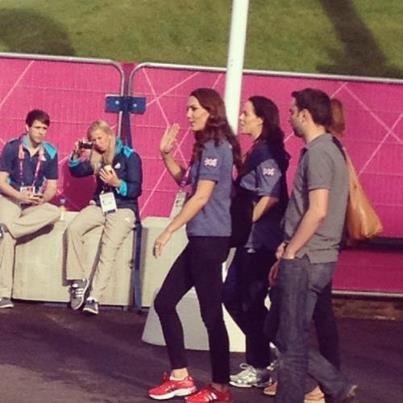 Duchess Kate: UPDATED: The Royals Watch Usain Bolt, Kate in Blue Team GB Shirt for Handball