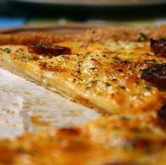 Tarte fine aux pommes de terre, chorizo et parmesan - La popotte de Manue