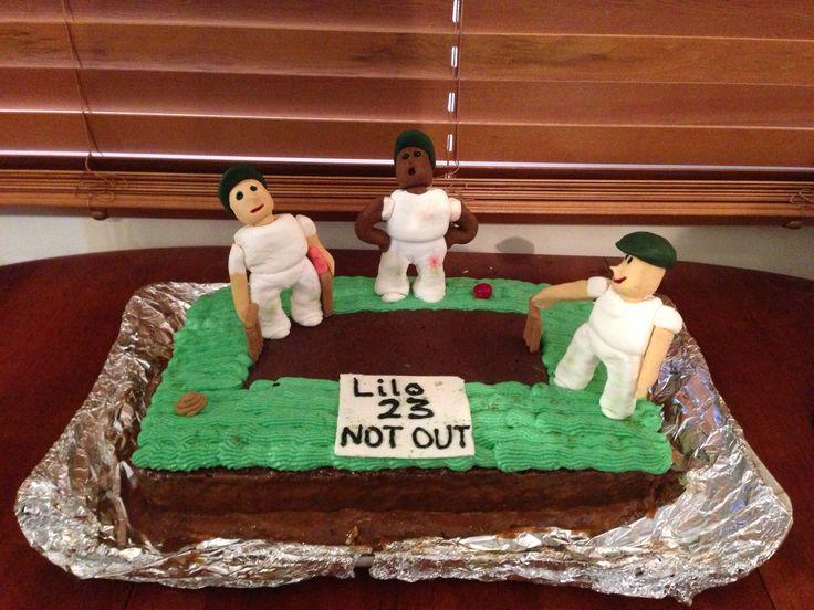 Lilos Cricket Cake