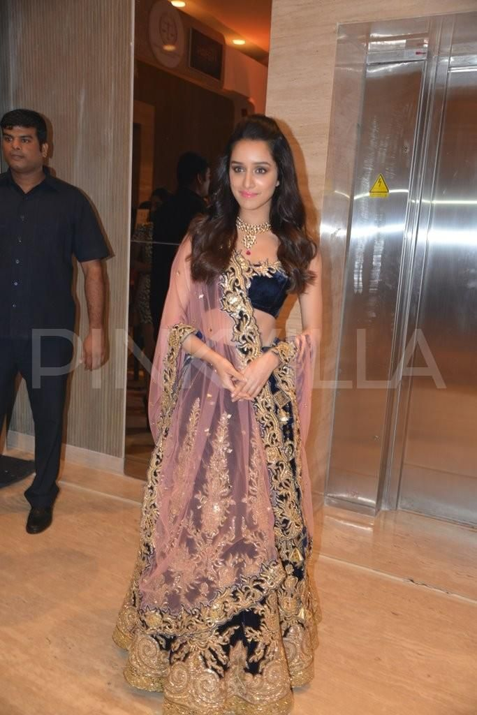 Shraddha Kapoor http://searchbookmark.com/story.php?title=let%E2%80%99s-get-personal-mr-pierre-wardini