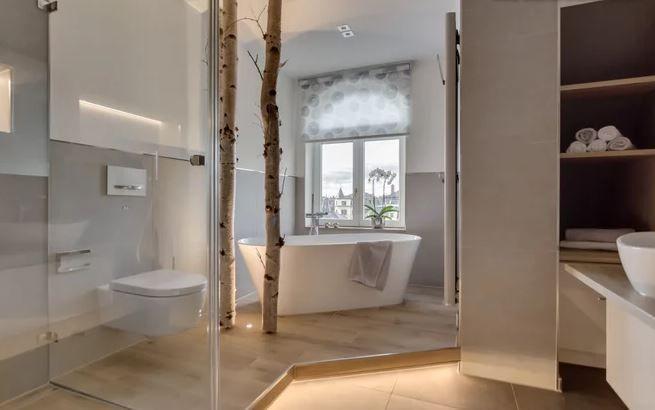 Holz Im Bad In 2020 Duschsitz Bad Neues Badezimmer
