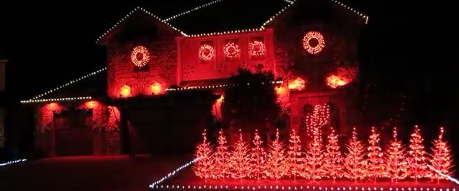 "A Texas family's Christmas lights show synchronizes with ""Yea Alabama,"" the Crimson Tide fight song."