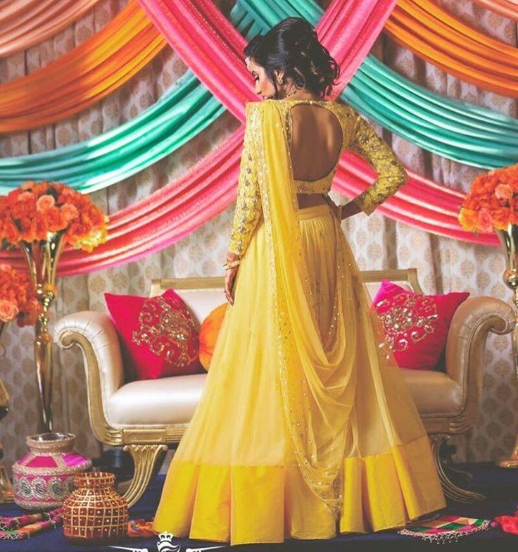 Outfit: Astha Narang