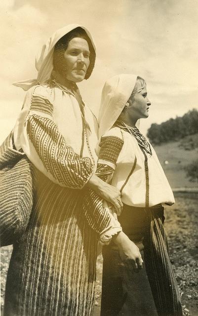 Moldvai csango magyarok a Csiksomlyoi bucsun 1930 evek Fischer Jozsef felvetele