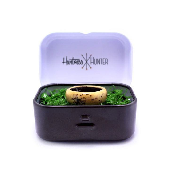 Unleash your inner huntress with our Dandelion women's wooden ring - Huntress & Hunter