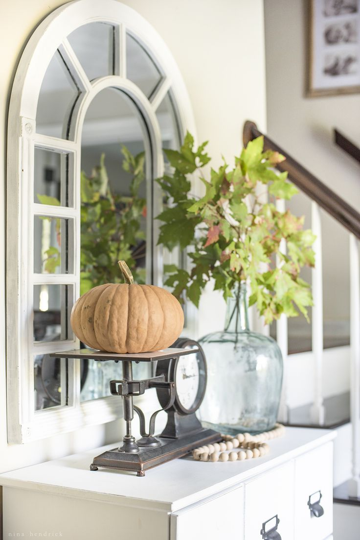 Simple Home Decorating: Best 25+ Fall Entryway Ideas On Pinterest
