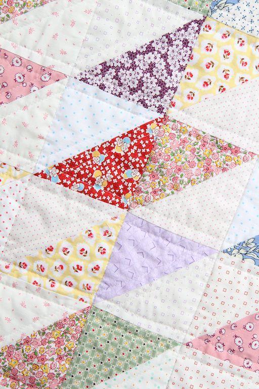 1930's Style Diamond Scrap Quilt | BeechTreeLaneHandmade.com | Bloglovin'