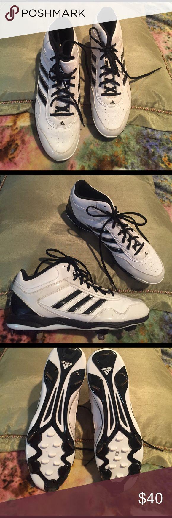 NWOT men's Adidas baseball cleats NWOT men's adidas baseball metal cleats. Excellent condition. Adidas Shoes Athletic Shoes