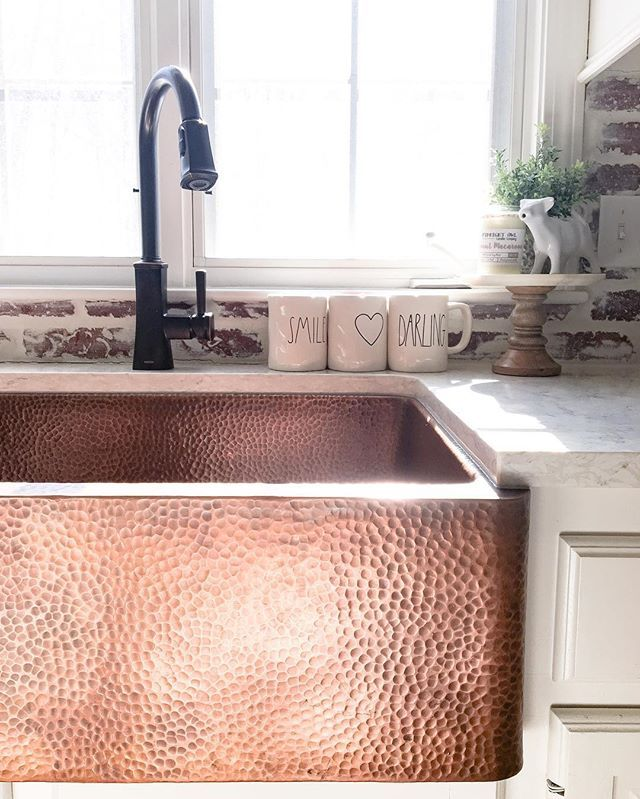 The hammered detail is one of the things I love so much about this sink. I get so many questions on our @sinkology copper sink. This style is the Adams Farmhouse Apron Front Sink and its stunning! When I was designing our kitchen remodel I knew I wanted a farmhouse sink and this copper feature is everything I envisioned and more. It truly is a statement piece. I get asked about cleaning a lot and it's really nothing more than soap, water, and a bit of elbow grease. Thats it…