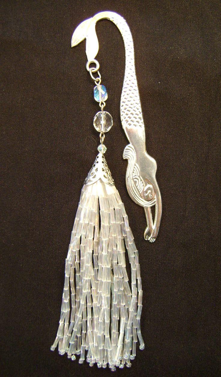 Mermaid bookmark by Dorottya Madarász (Facebook: Dorabead)