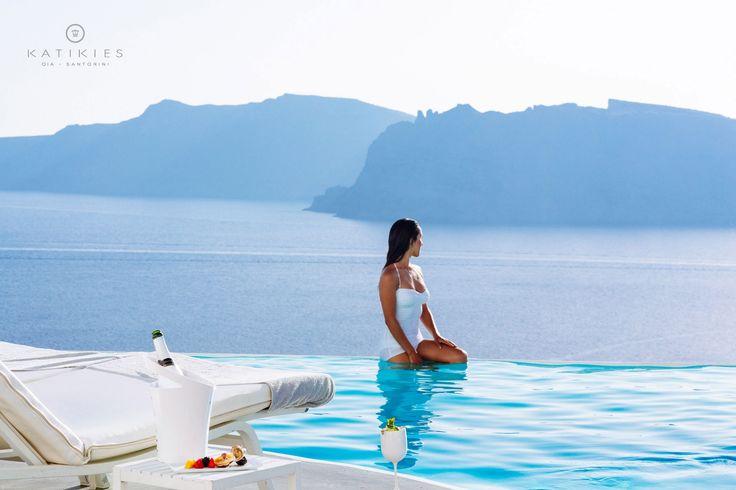 Katikies Hotel   Santorini, Greece   Infinity edge pool