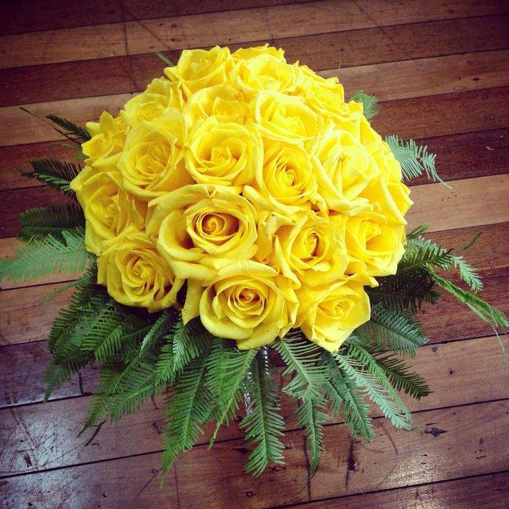 Rose Bouquet.. Wedding.. Yellow Rose..