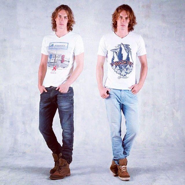 A los hombres también les gusta tener opciones para escoger#men #hombre #Tshirt #jeans #could #shoes #zapatos #calzado #blanco #white #fashion #model #moda #bucaramanga #instaphoto #yourself #styleyourself #cccuartaetapa Tennis