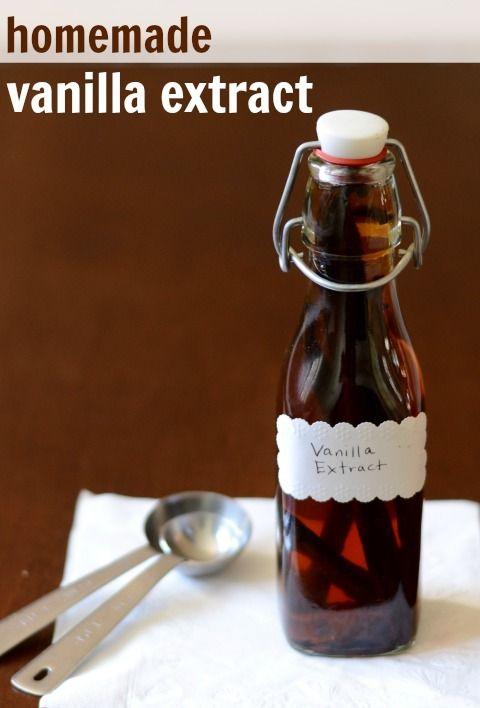 Homemade Vanilla Extract | Real Food Real Deals #healthy #recipe #DIY