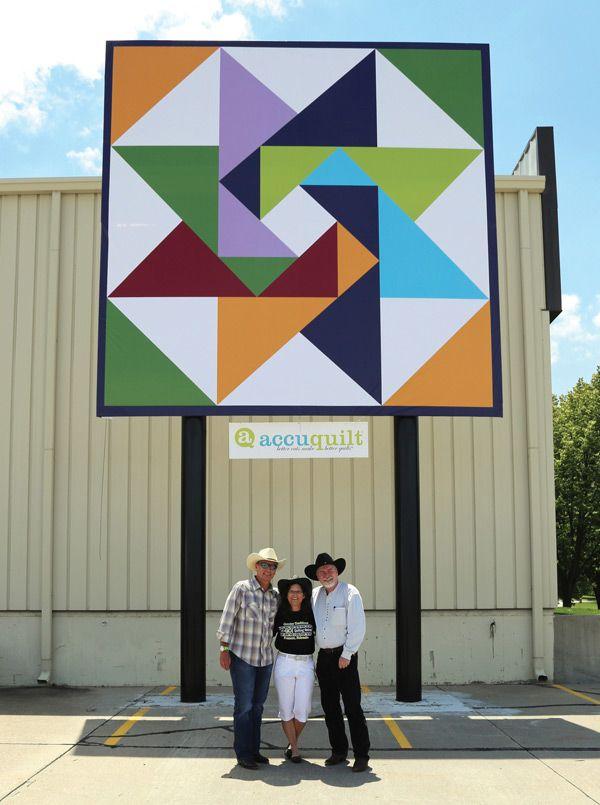 Barn Quilt Designs | Barn Quilt Winner Sue Hageman with Steve Nabity (left) and Ricky Tims
