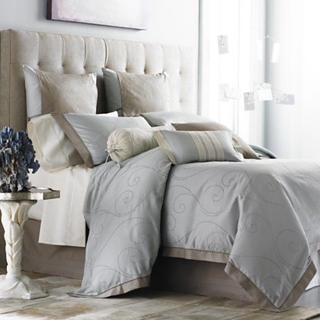 Love the blue grey, taupe and white combination.#leenbakker