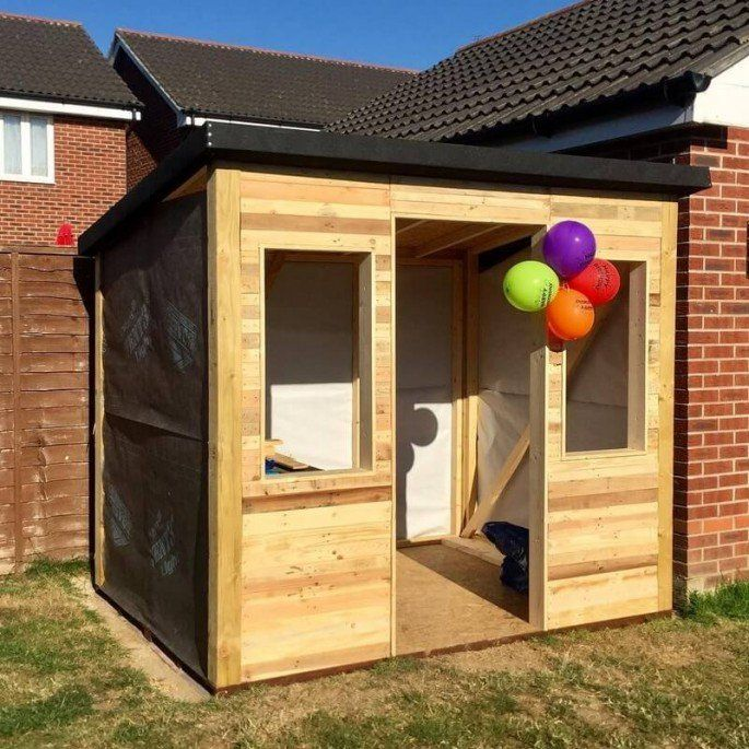 20 Simple And Cheap Wood Shed Made From Pallets With Images Pallet Shed Diy Storage Shed Shed