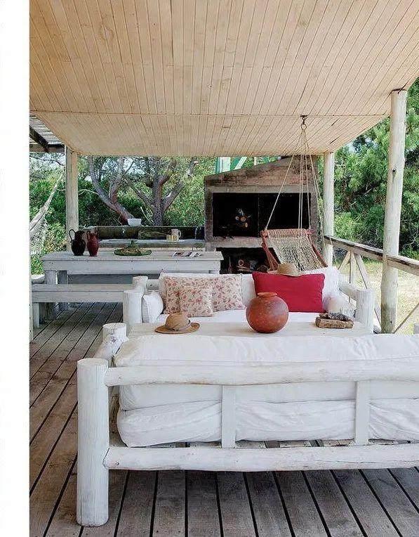 Une maison de plage au milieu des dunes et près de la mer ... on Dune Outdoor Living  id=55666