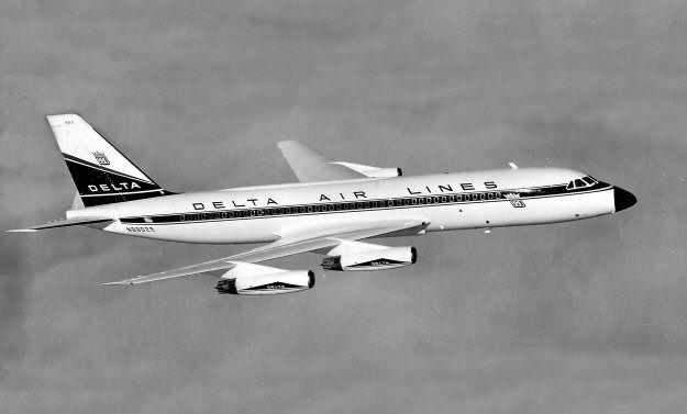 May 23, 1960 Delta Air Lines Flight 1903, a Convair 880