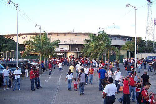 Frente del stadium Antonio Herrera Gutierrez. Barquisimeto
