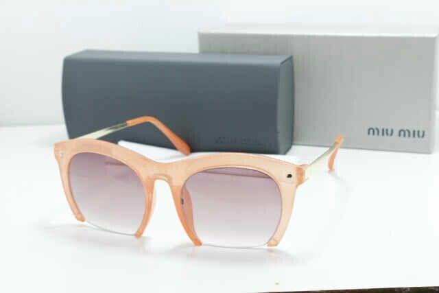 Kacamata Miu Miu 140.000,- BB 2AD21BAF, SMS/WA 082 1111 799 65, fb KacamataButik, instagram @KacamataButik, KacamataButik.com #kacamata #kacamatamurah #kacamatafashion #kacamatabranded #kacamatagaya #kacamatakeren #kacamatacewek