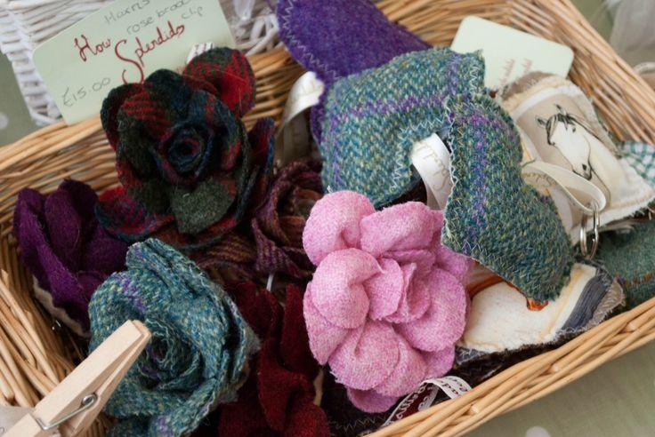 Tweed flowers