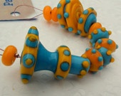 Turquoise Blue & Orange/Yellow Retro Lampwork glass bead set -  Alien Invasion - SRA - CPteam - FHFteam Y3 - GBUK