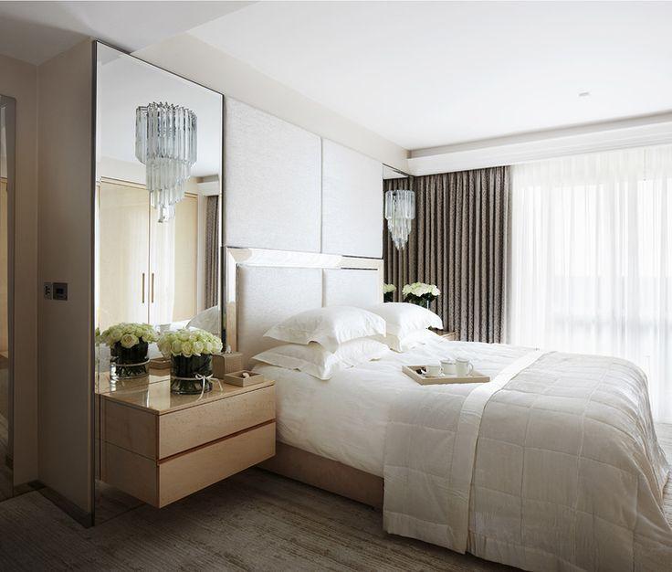 dormitorio elegante con dobles cortinas villalba