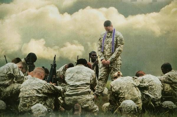 #soldier #army #military #war #ethics - army soldiers praying