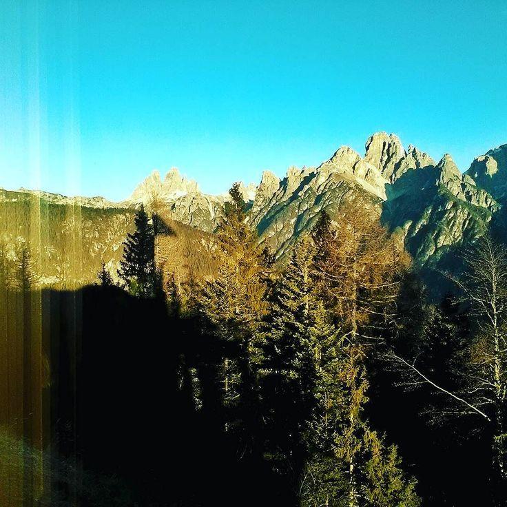 The first day of 2017. Happy New Year #newyear2017 #dolomites #Cadore #auronzo #strangewinter #WonderMountain #mountainlifestyle #behappy #hiking #mountains