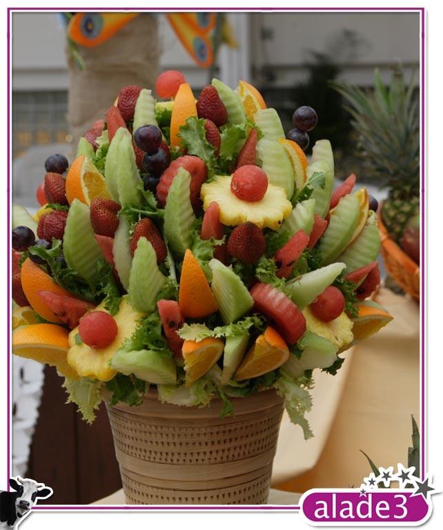 Buffet temático para Carnaval. Fruta decoración.  www.alade3.es