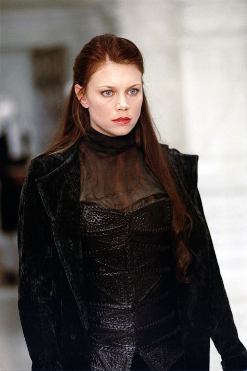 Mina Harker - Peta Wilson in The League of Extraordinary Gentlemen.