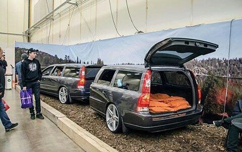 "159 Likes, 7 Comments - Volvo Fan From The Netherlands (@volvofannl) on Instagram: ""What do you when you have a spare Volvo v70 left, this is the answer. Picture by @lindakallefeldt.…"""
