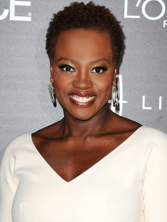 Gotta love a hubby who wants his lovey to be 'real'!  'Viola Davis stepped out yesterday with her hair au natural, thanks to a little encouragement from her husband, Julius Tennon. 'My husband wanted me to take the wig off.'  He said, 'If you want to wear it for your career, that's fine, but in your life wear your hair. Step into who you are.  It's a powerful statement.'