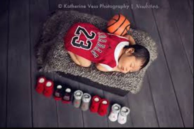 Perfect picture for our Michael Jordan nursery. Love this idea.