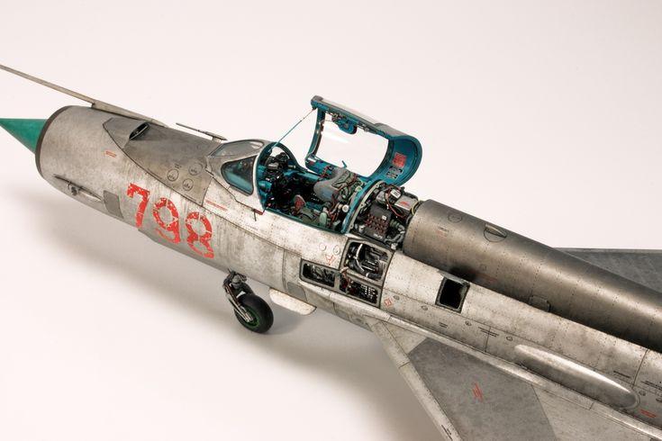 "Diego Quijano Scaleworks: The ""War Machine"" work: Eduard 1/48."
