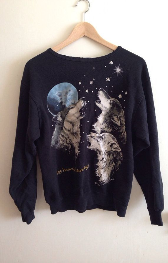 Wolf sweater | Cute outfits, Sweaters, Graphic sweatshirt
