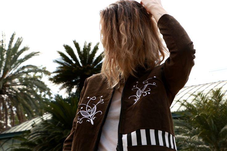 #Embroidered #khaki #coat