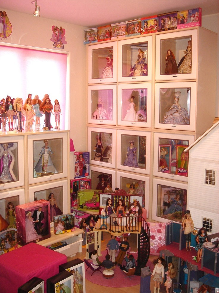 My first Barbie Room right hand side 89