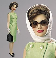 Jackie Kennedy doll dresser by Oleg Cassini one Jackie's of Jackie's favorite designers. Good to see a doll that actually resembled her.