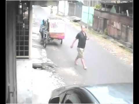 Robbery, be careful in the way the mermaid Medanperampokan, hatihati kalo lewat  di jalan duyung medan