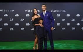 Cristiano Ronaldo, acaba de se sagrar pela 5.ª vez como o melhor jogador do Mundo 2017, igualando assim Leonel Messi no número de vezes que o Argentino conquistou o troféu. A Gala da FIFA realizada…