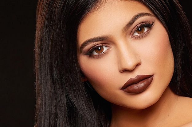 Kylie Jenner's Lip Kit Sold Out In 30 Seconds And People Everywhere Are Enraged
