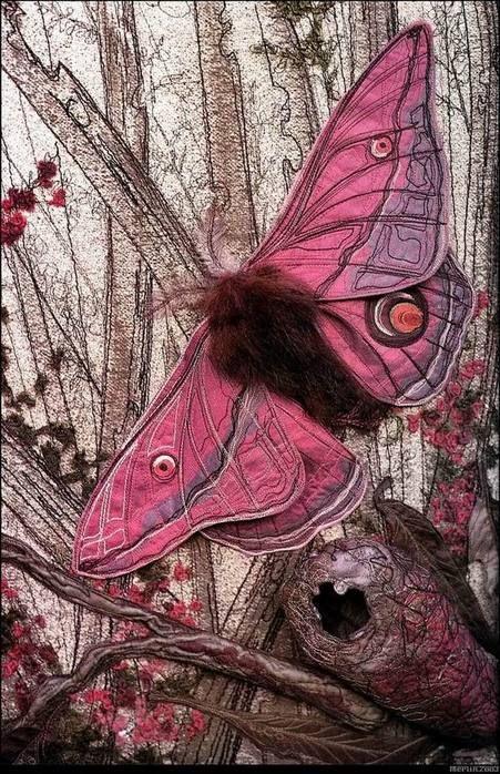 Textile art by Annemieke Mein