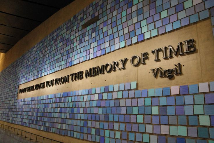 Les attentats du 11 septembre 2001 ont marqués le monde entier, découvrez le mémorial et musée du 11 septembre à New-York.